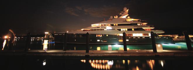 Mega-yachts in Albany Marina